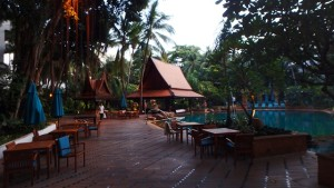 ホテル中庭